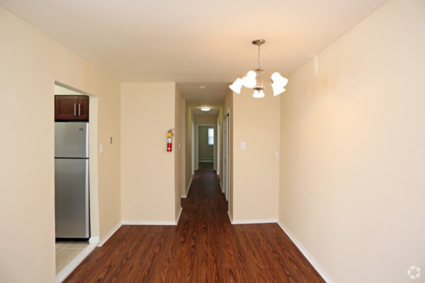 rock-springs-apartments-morrisville-pa-dining-room